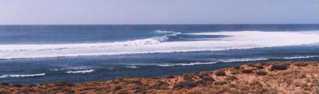 Gnaraloo_wave_sailing_frame